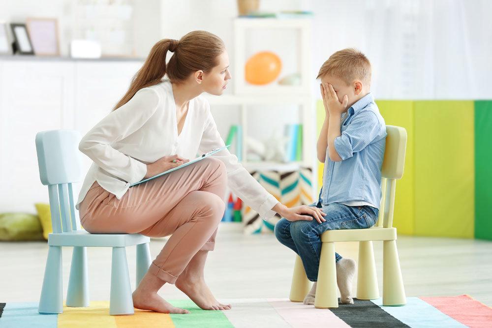 специалисты помогут вашему ребёнку подготовиться к переходу в первый класс.1